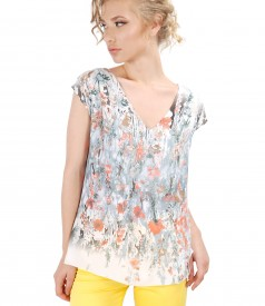Casual blouse with printed veil