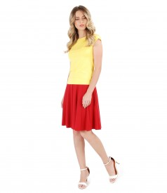 Flaring jersey skirt with t-shirt