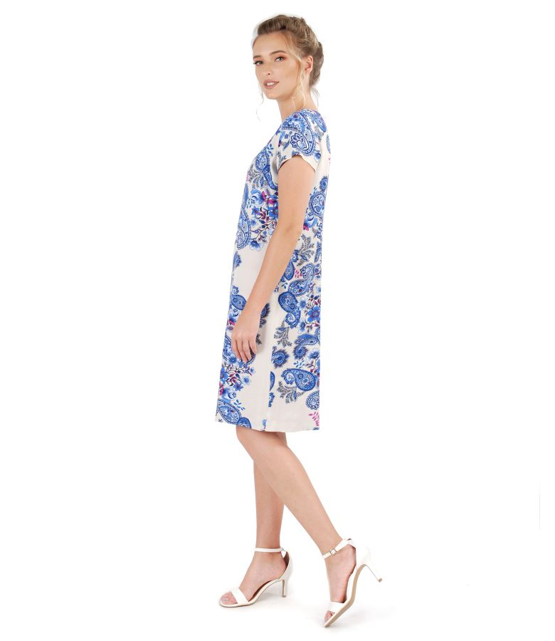 Casual dress made of printed viscose
