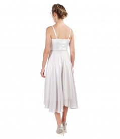 Elegant dress with corset and veil skirt