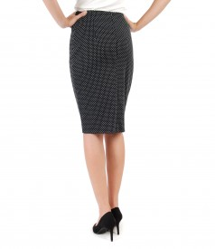 Tapered skirt made of elastic fabric brocade with lace corner
