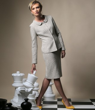 Office woman suit with jacket and multicolor loop