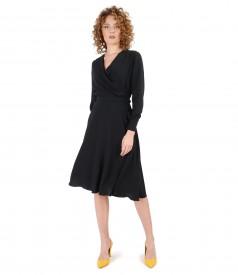 Crepe dress with long sleeves