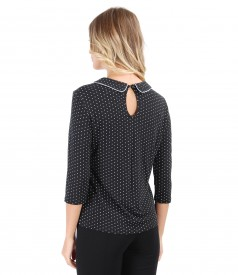 Elastic jersey blouse printed with lace corner