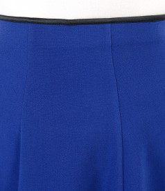 Elastic fabric flaring skirt