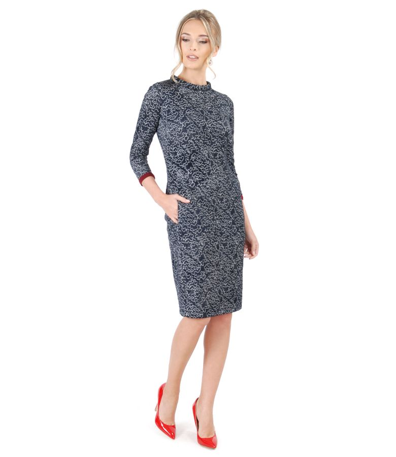 Padded dress made of elastic jersey