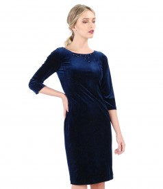 Rochie bleumarin din catifea elastica stralucitoare si aplicatie de cristale