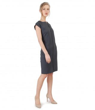 Elegant dress made of elastic fabric