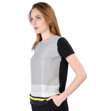Blouse with geometric print