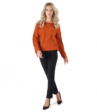 Viscose blouse with ankle pants