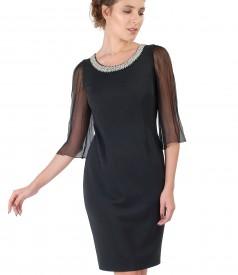 Elegant dress with silk veil sleeves