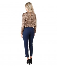 Blouse with animal print and ankle pants
