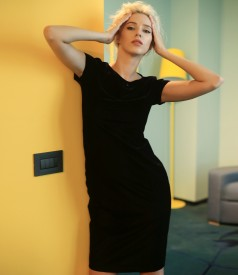 Velvet dress with crystals inserts