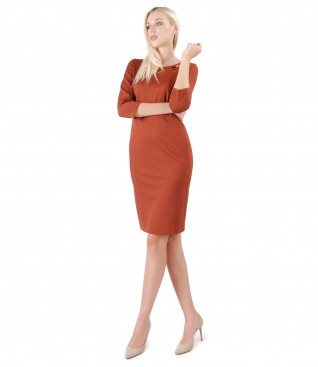 Midi dress made of thick elastic jersey with side pockets
