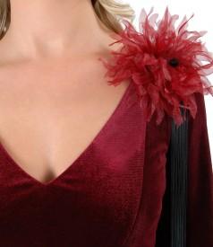 Rochie din catifea cu floare si aplicatie de cristale