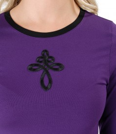 Elastic jersey blouse with front ornament