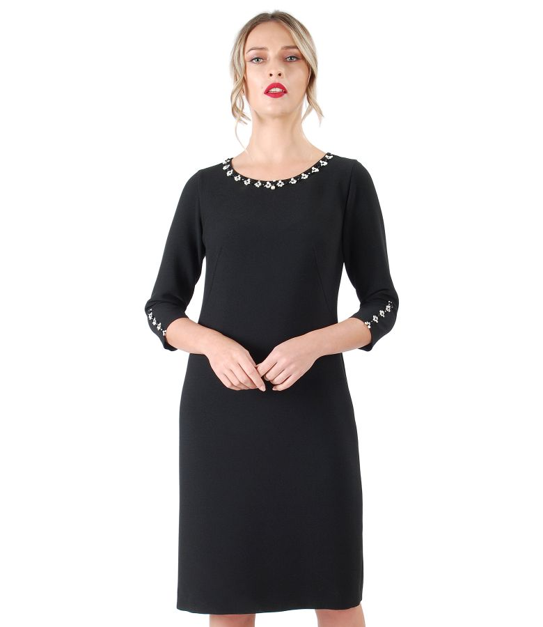 Elastic fabric dress with 3/4 sleeves