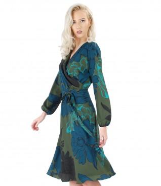 Elegant dress with floral print