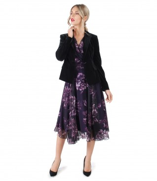 Elegant outfit with dress of printed veil and velvet jacket