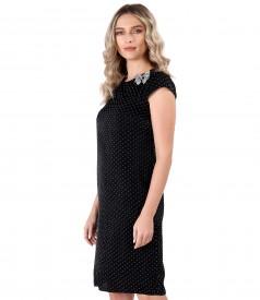 Velvet dress with lace corner