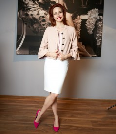 Elegant outfit with tapered skirt and jacket with peplum sleeves