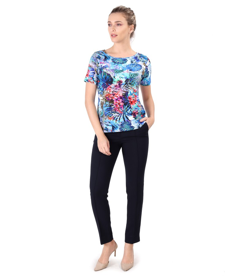Elastic jersey blouse printed with flowers and ankle pants
