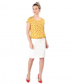 Elegant outfit with viscose blouse with dots and tapered skirt