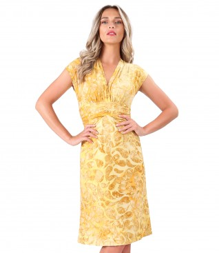 Elastic jersey dress with embossed patern