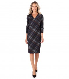 Midi dress with plaid and V low-cut neck