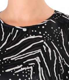 Elegant veil blouse with satin motifs