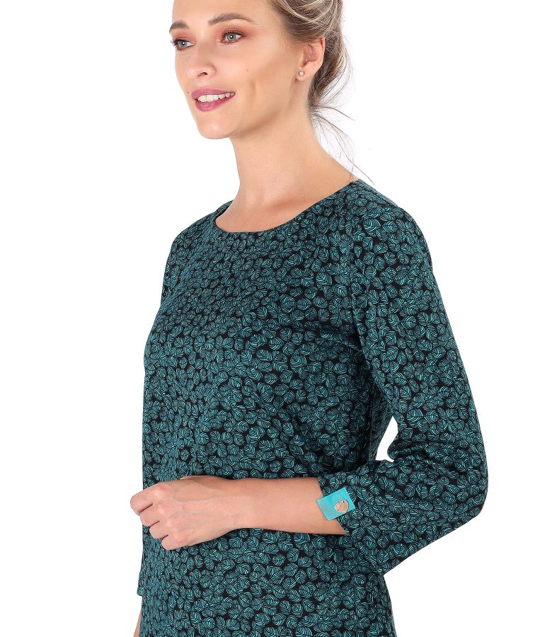 Blouse made of thick elastic jersey printed with leaves