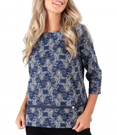 Elastic jersey blouse printed with paisley motifs