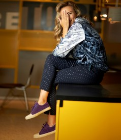 Sweatshirt made of printed velvet with cotton pants