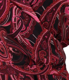 Elegant veil dress printed with paisley motifs