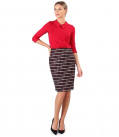 Office outfit with loop skirt and elastic jersey blouse with collar