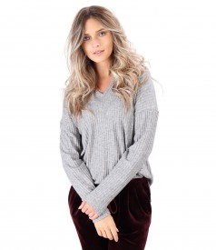 Elastic jersey casual blouse with side slits
