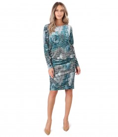 Elegant dress made of printed velvet