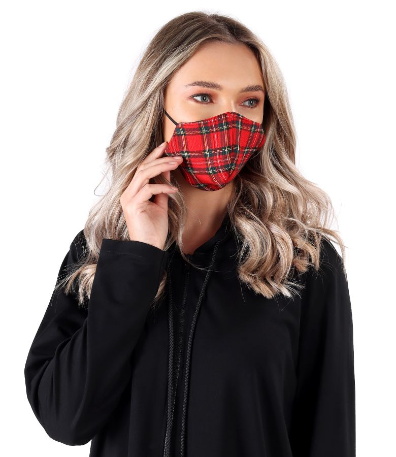 Reusable mask with plaid