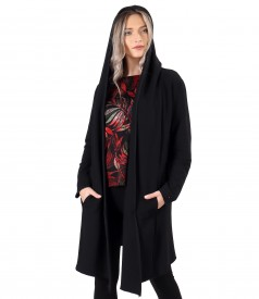 Long sweatshirt with hood made of thick elastic jersey
