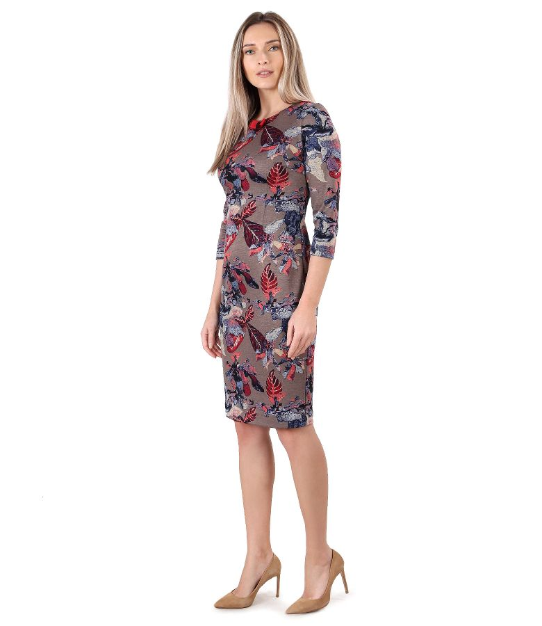 Elastic jersey dress printed with floral motifs