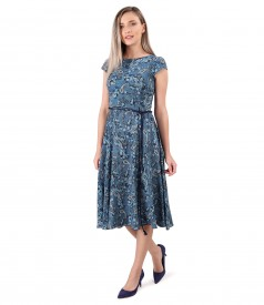 Elegant viscose dress printed with paisley motifs