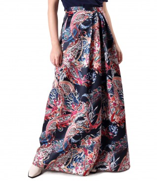 Long skirt made of duchesse satin fabric
