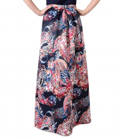 Long skirt made of duchesse satin fabric