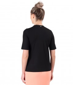 Blouse made of thin elastic jersey with V decolletage