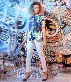 Elegant outfit with printed satin blouse and ankle pants
