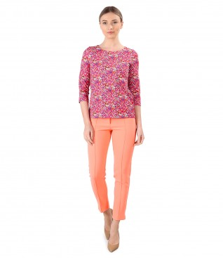 Ankle pants with blouse made of printed elastic cotton