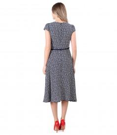 Elegant viscose dress printed with geometric motifs