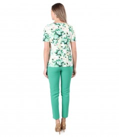 Elegant outfit with ankle pants and blouse with elastic cotton mask