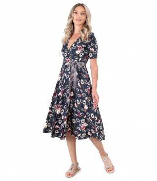 Midi dress made of elastic jersey printed with floral motifs