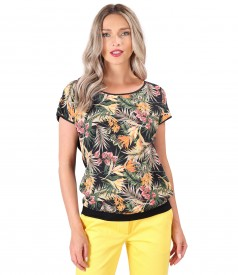 Blouse with front printed with floral motifs